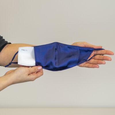 seidenmundschutz blau
